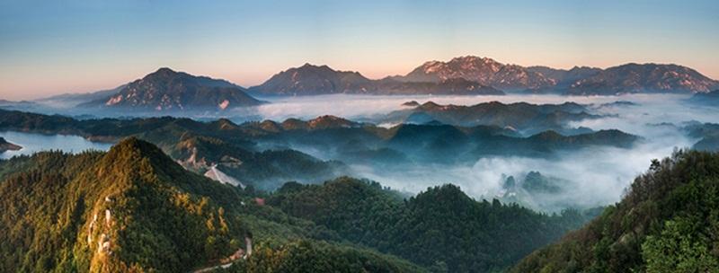 灵山风景区是国家级自然保护区,生态示范区,鸟类保护区于一体.
